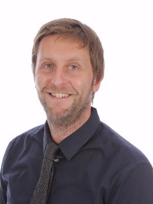 Mr Lewis Taylor