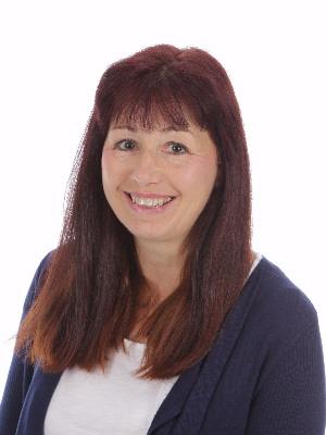 Mrs Caroline Dart
