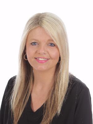 Mrs Gemma Watts