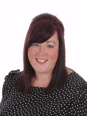 Mrs Helen Lucas