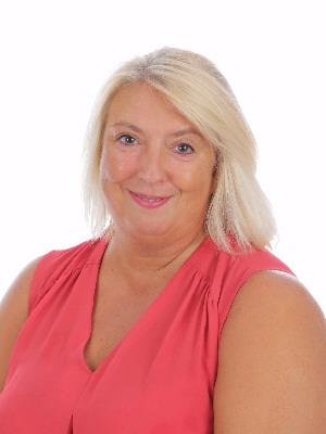 Mrs Juli Fewster
