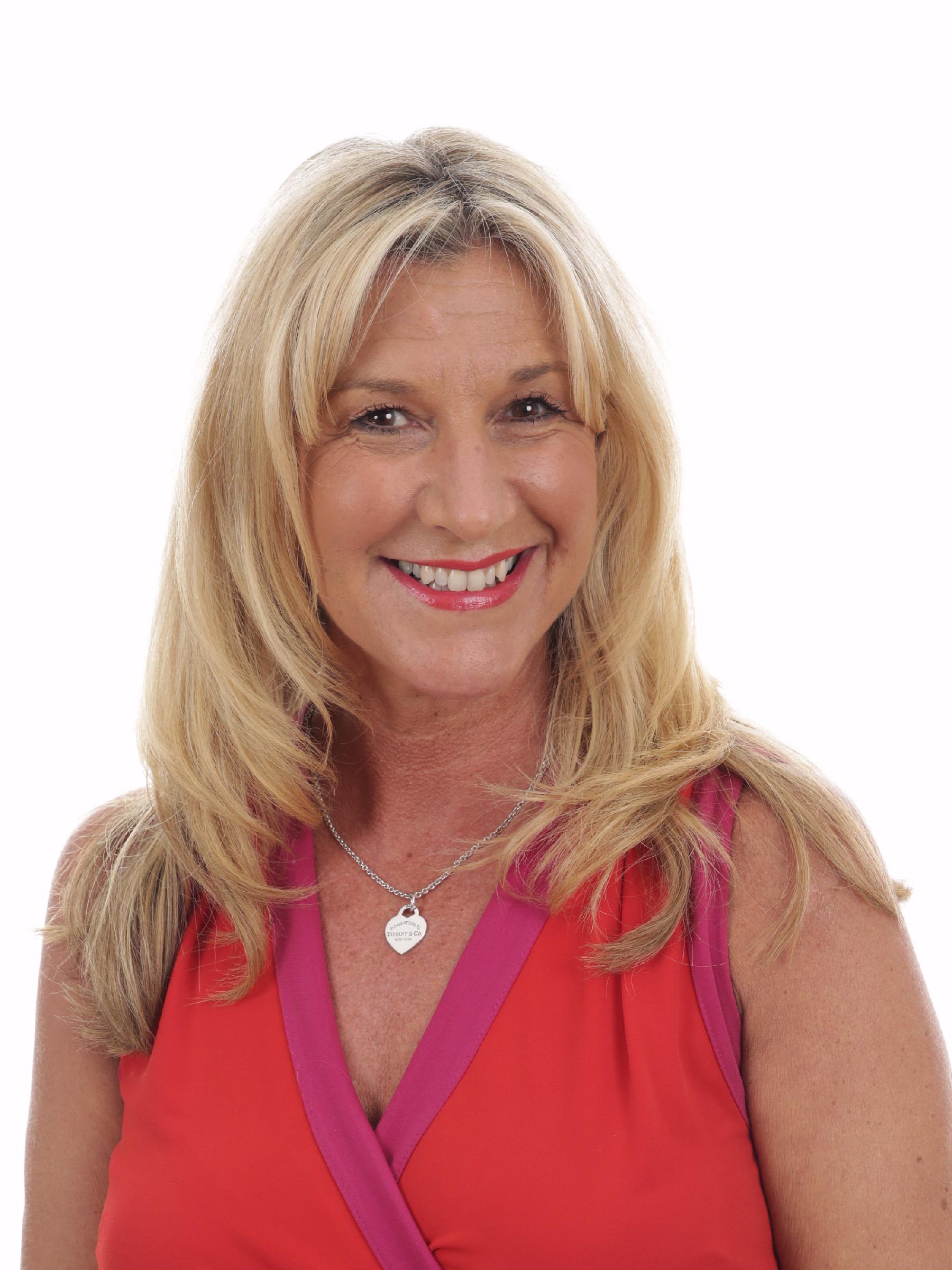 Mrs Katie Beal